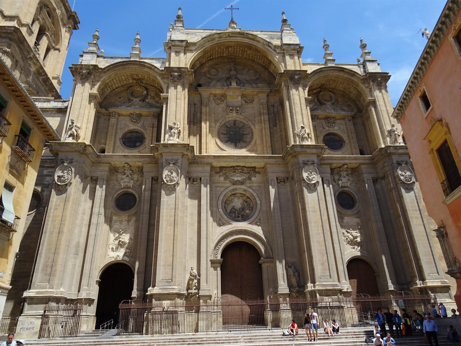 Granada het alhambra de kathedraal mooie pleinen historie natuur en nog meer - Verblijf kathedraal ...