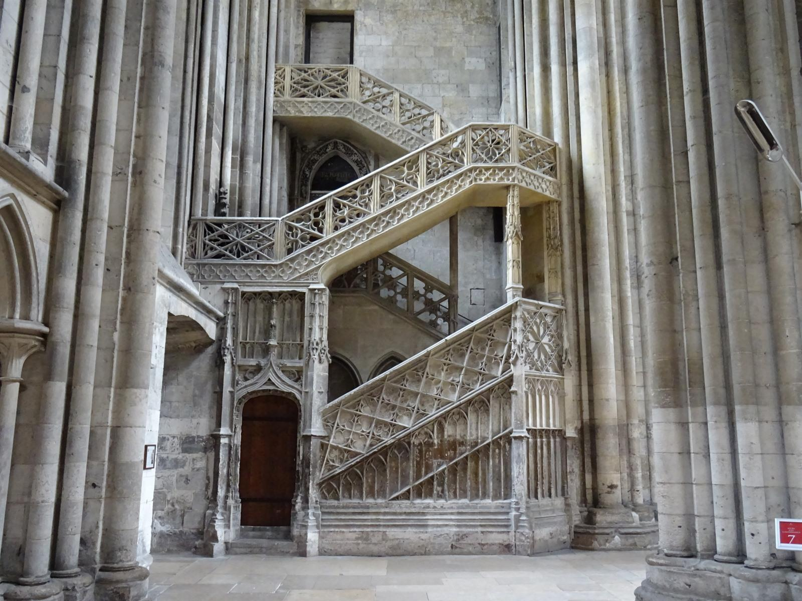Rouen bezoeken welk kerken te zien in rouen - Saint maclou chartres ...
