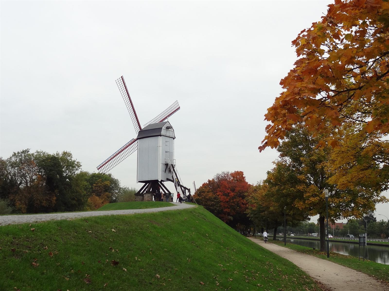 In Onbekend Onbemind Brugge Is n0m8wvNO