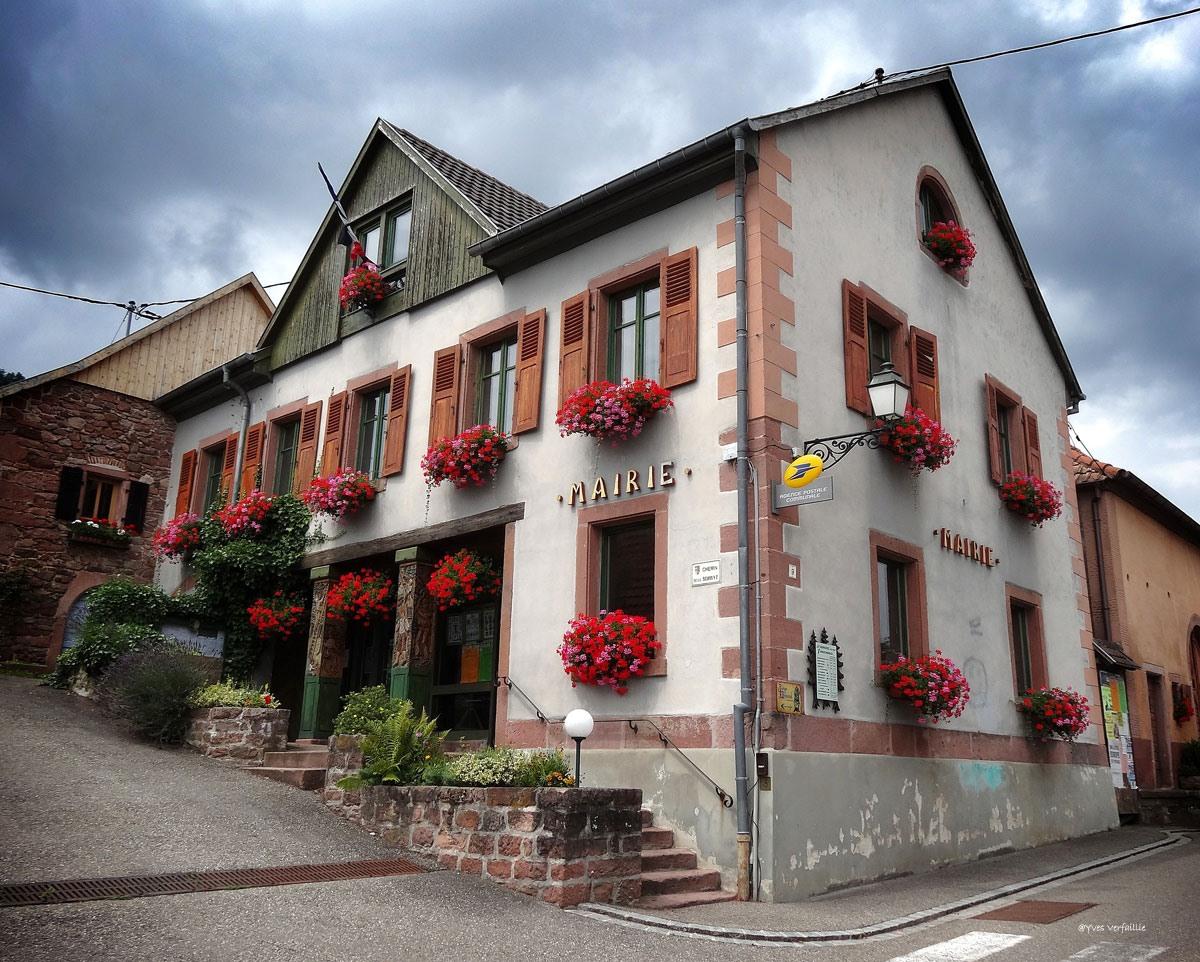 thannenkirch is een charmante en rustige stad in elzas vogezen in frankrijk. Black Bedroom Furniture Sets. Home Design Ideas